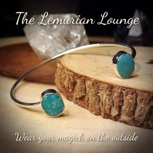 The Lemurian Lounge